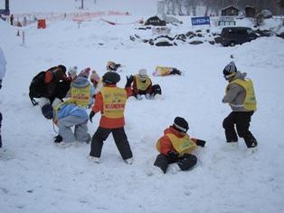 東海スキー 雪遊び